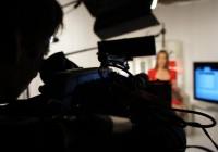 studio shoot pull focus